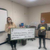 tracy minnihan south prairie elementary check presentation sycamore education foundation grant